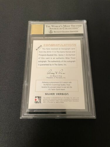 2011 ITG Heroes & Prospects Close Up Autographs Silver Mike Trout BGS 9 - Image 2