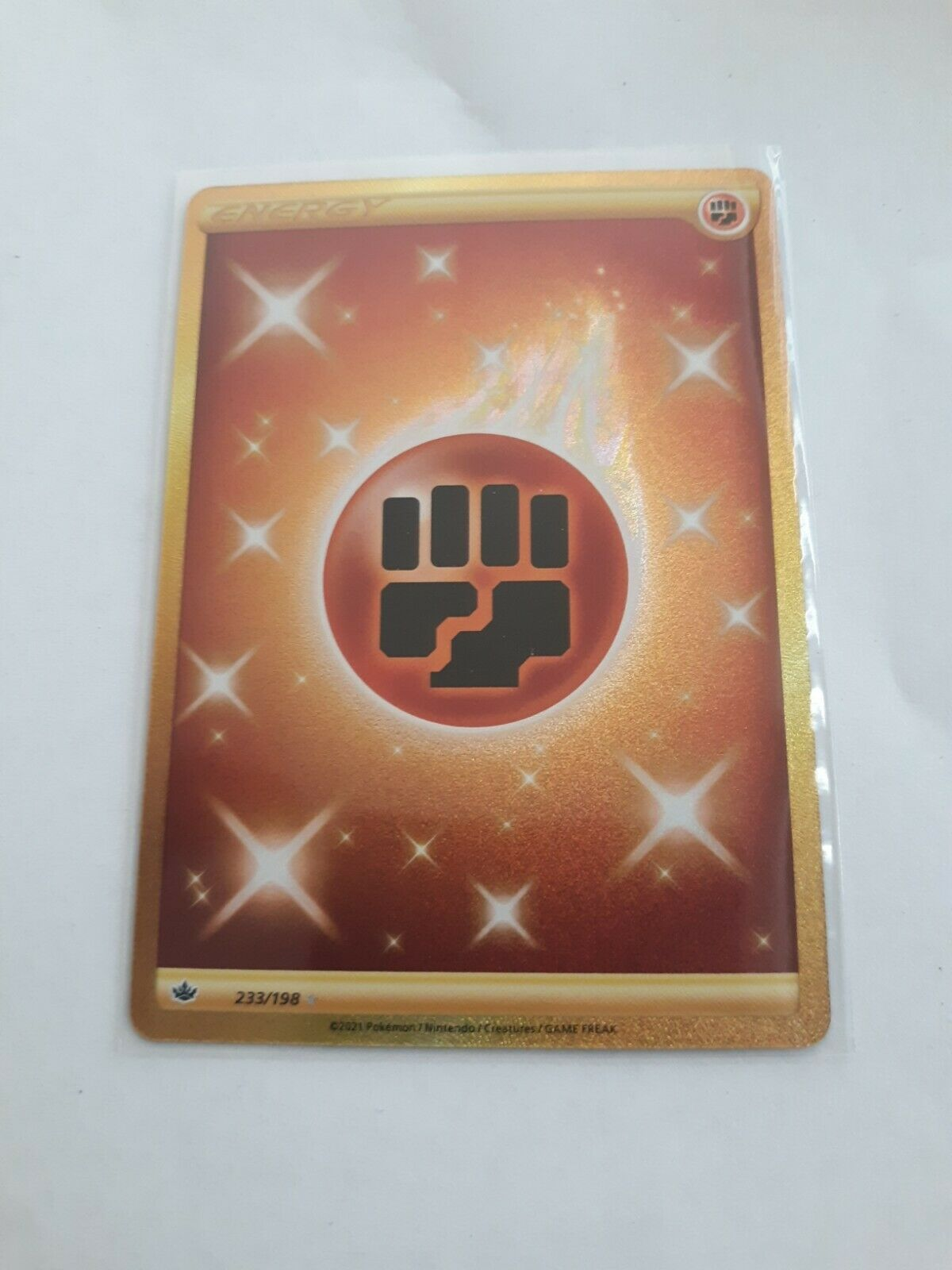 FIGHTING ENERGY - SECRET RARE - 233/198 - CHILLING REIGN - NM/M