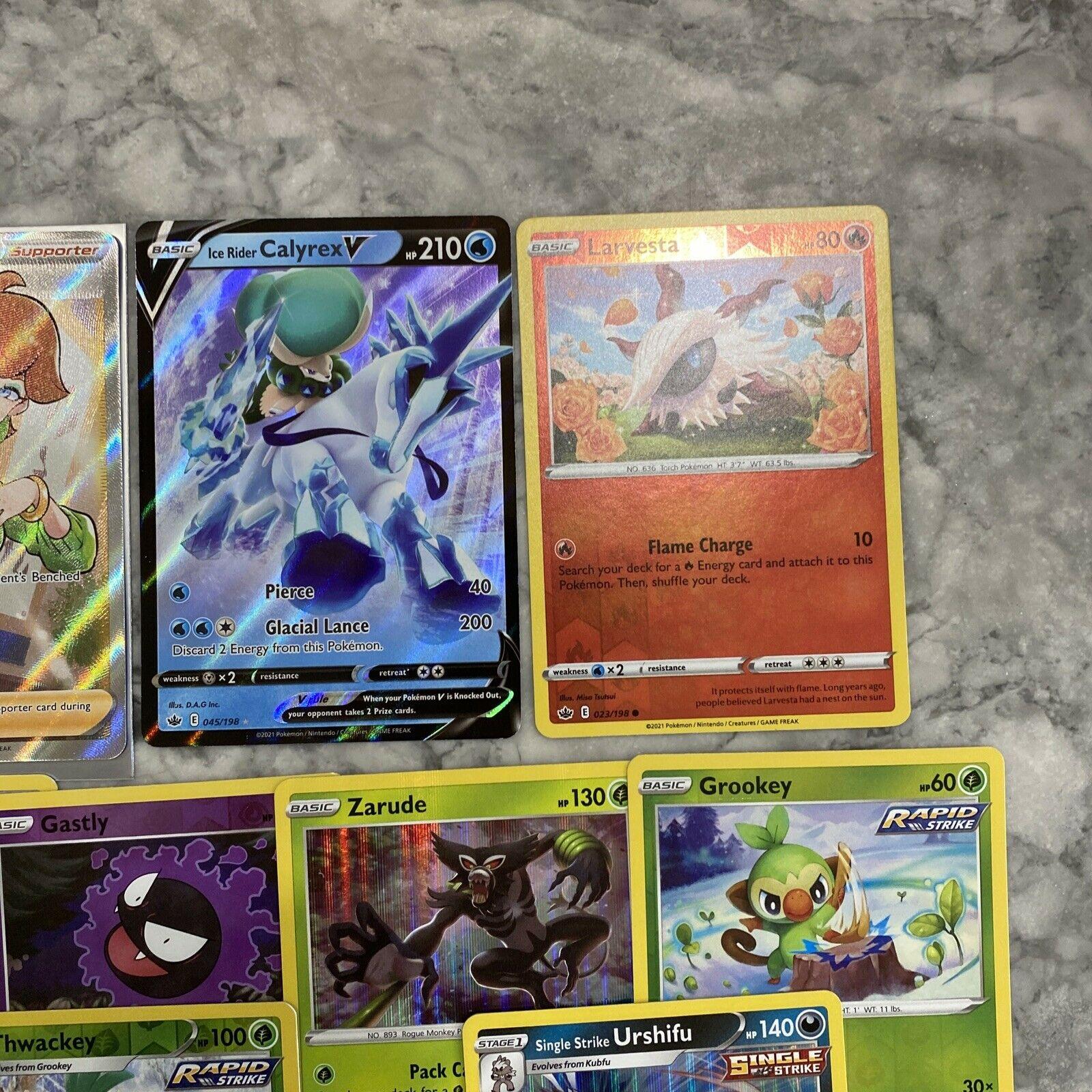 Honey 192/198 Full Art Ultra Rare Chilling Reign M/NM with 12 more cards! - Image 3