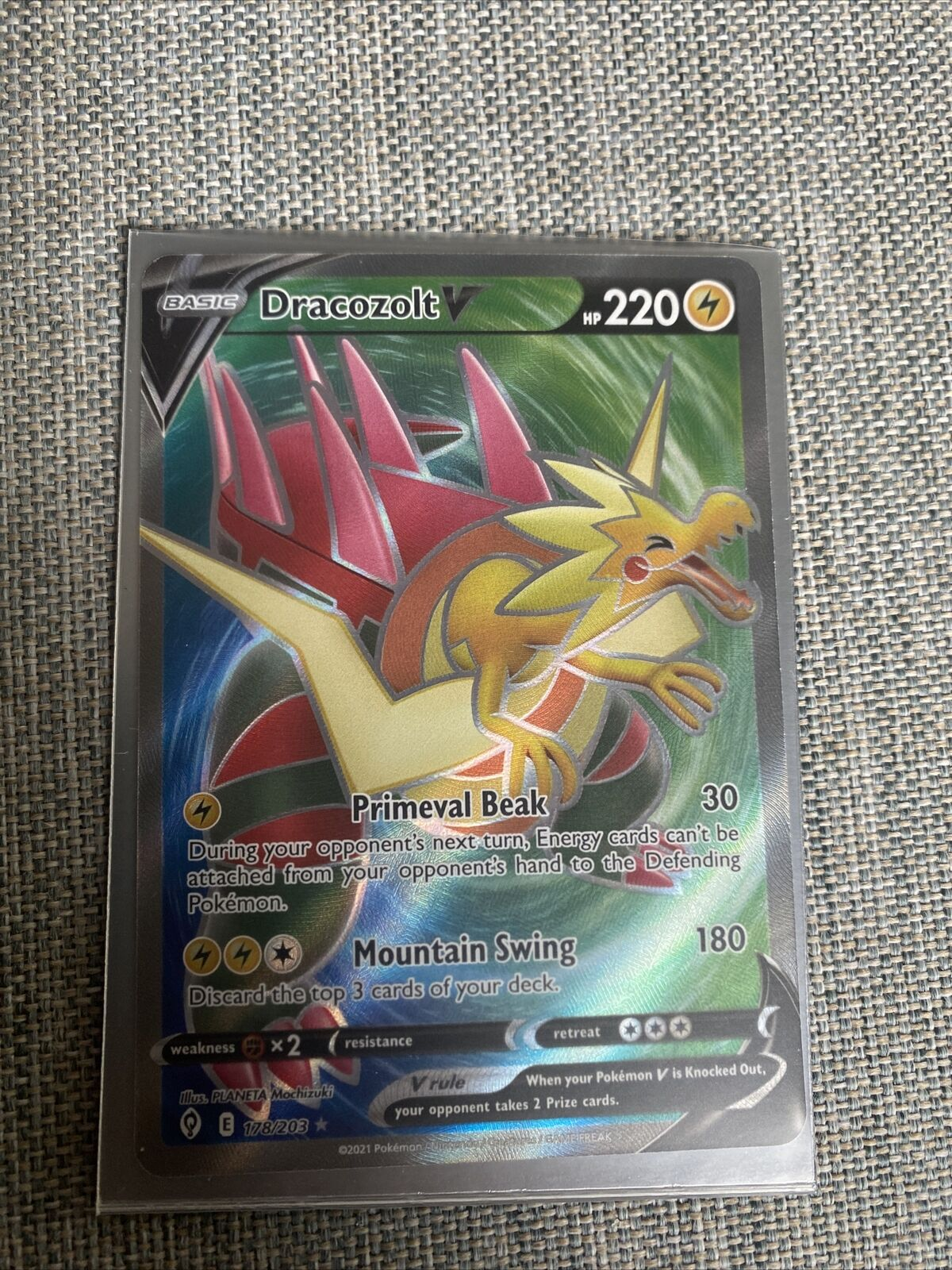 Pokemon Card - Dracozolt V Full Art Holo Evolving Skies 178/203 Mint/ Near Mint
