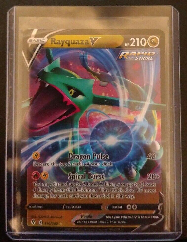 Rayquaza V 110/203 EVOLVING SKIES Pokemon