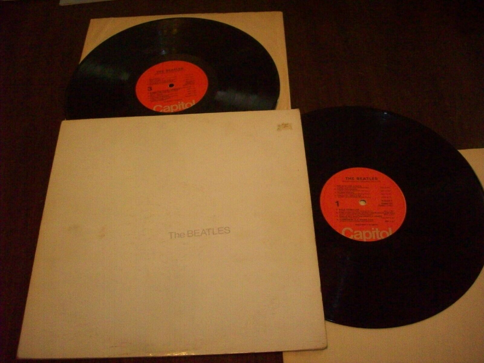 The Beatles, White Album, 1976 Capitol Press. VG To VG+ Cond. W/Poster !